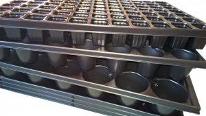 QuickPot Set - 3 Anzuchtplatten 24R, 54R, 77 & 3 Untersetzer